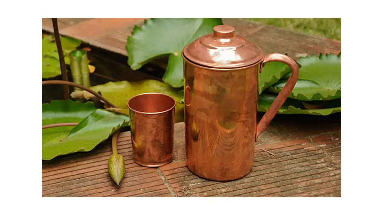 Copper pot drinking water